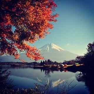 【見ると心のブロックが解除される富士山】LIVE富士山は見えない静岡県富士市から、おはようございます!連休で紅葉を楽しむ方も多いでしょうかこれは静岡県富士宮市の田貫湖からの富士山と紅葉です今日も、あなたに「いいね!」がいっぱい、笑顔で暮らせる一日になります!#富士山 #見るだけでブロック解除